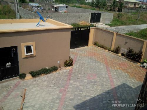 128148_53143-brand-new-spacious-and-lavishly-finished-5-bedroom-duplex–boys-quarters-with-1-bedroom-bungalow-semi-detached-duplexes-for-rent-lekki-phase-2-lekki-lagos-nigeria