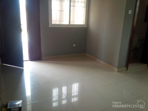 128150_53143-brand-new-spacious-and-lavishly-finished-5-bedroom-duplex–boys-quarters-with-1-bedroom-bungalow-semi-detached-duplexes-for-rent-lekki-phase-2-lekki-lagos-nigeria